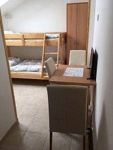 AP3 – 3 lůžkový pokoj